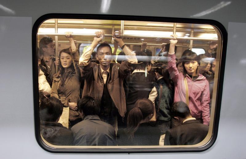 Metro, Shanghai, 2004