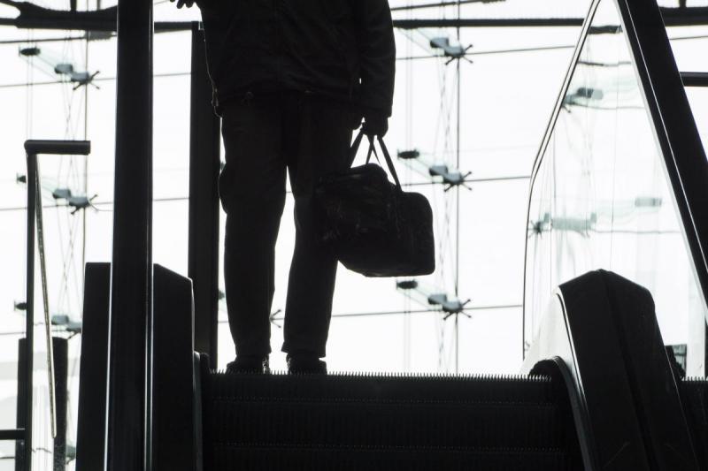 Der Mann mit dem Koffer