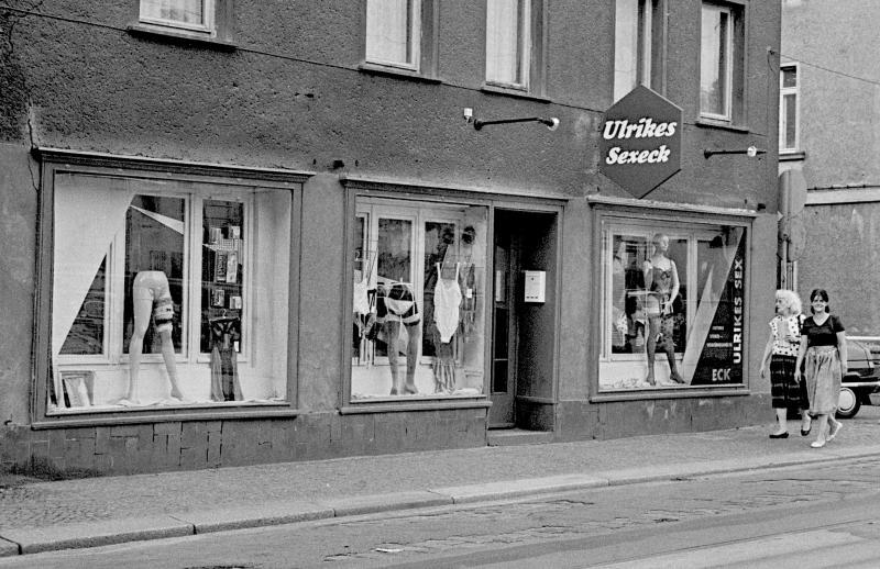kurz nach dem Mauerfall...Leipzig, 1990